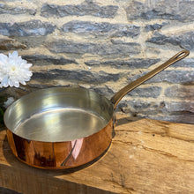 Load image into Gallery viewer, French vintage copper tin lined sauté pan
