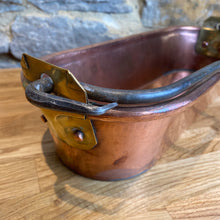 Load image into Gallery viewer, Beautiful French copper fish kettle