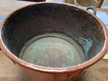Load image into Gallery viewer, French vintage copper cauldron