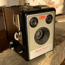 Load image into Gallery viewer, Kodak Box Brownie