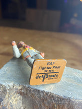 Load image into Gallery viewer, Del Prado lead figurine