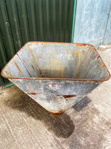 Galvanised hopper