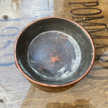 Load image into Gallery viewer, French vintage copper dish