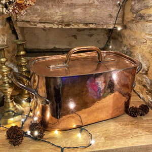 Beautiful French copper Daubiére with lid