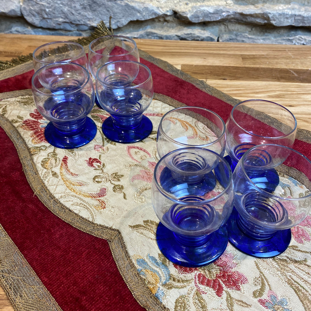 Set of 8 French blue glasses