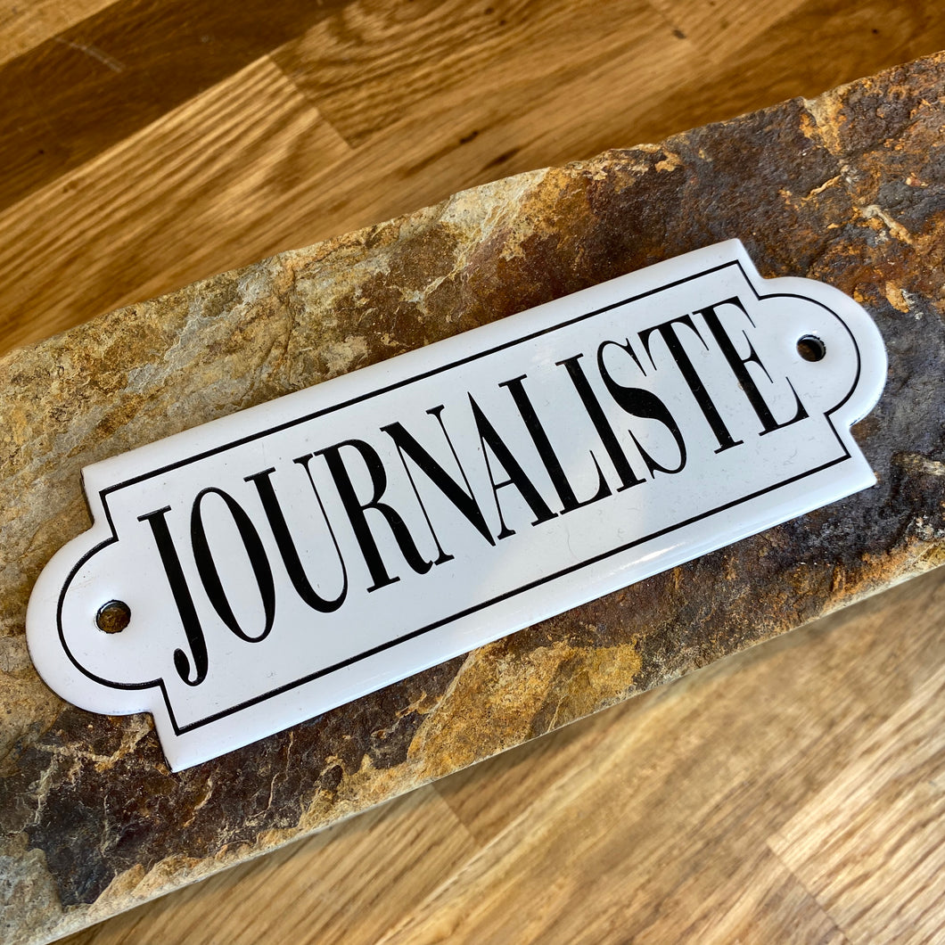 Small French decorative Journalism plaque