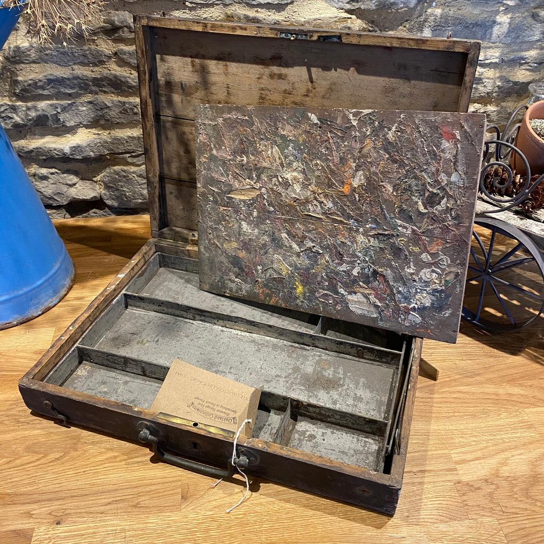 French artist box and palette