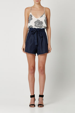 BORDER LINES Shorts Indigo Denim