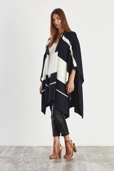 COLOUR BLOCK Poncho Ink + White