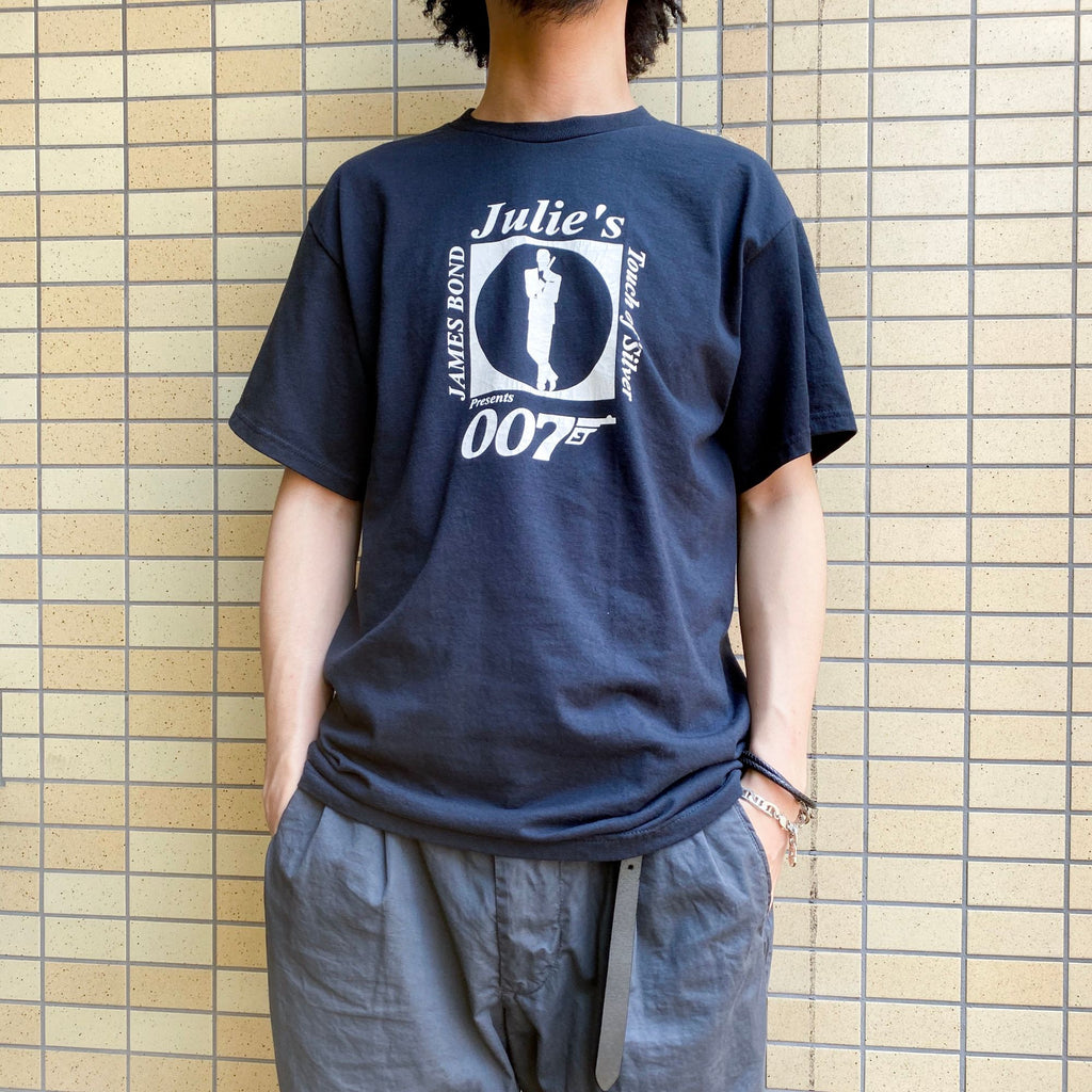 Julie's Touch of Silver 007 プリントTシャツ