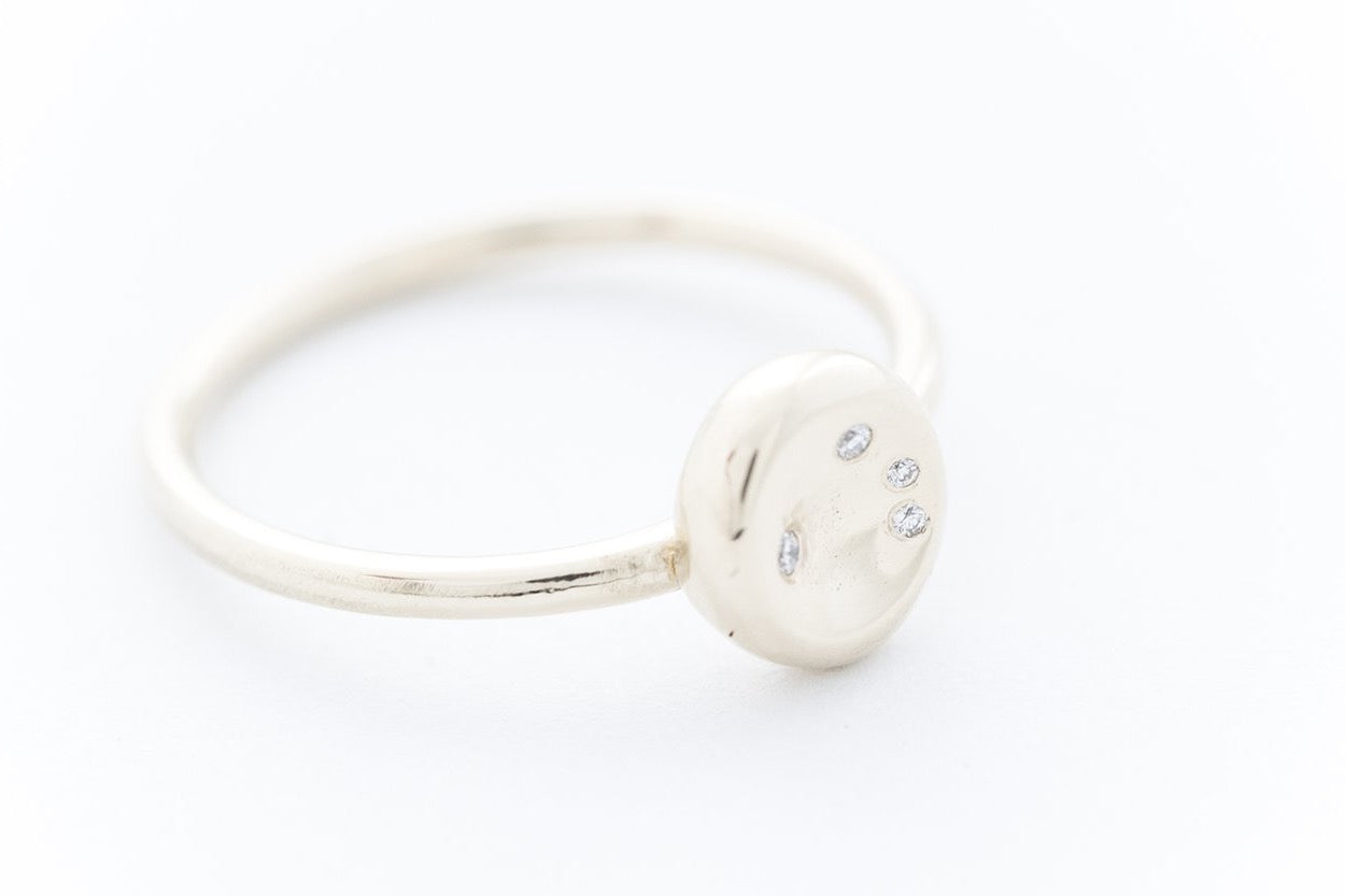 "PEBBLE ring ""S"" - 14K yellow gold 