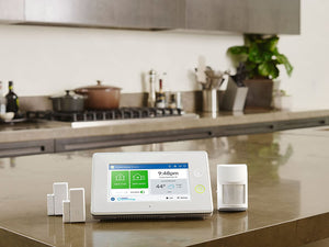 Samsung SmartThings ADT Wireless Home Security Starter Kit