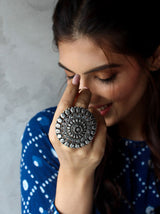 Jodha statement ring - Tipsyfly
