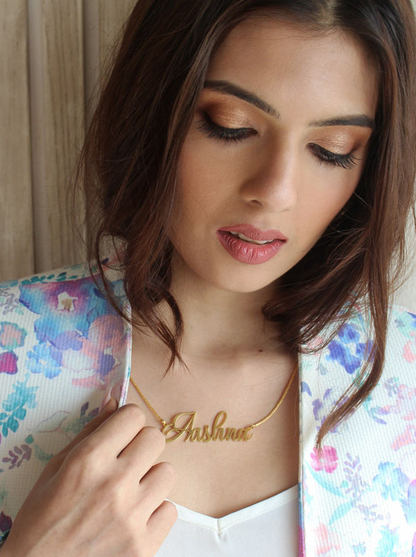 Gold Cursive Name Necklace - Tipsyfly