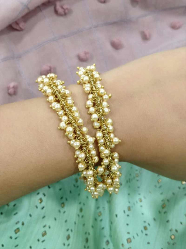 Tipsyfly Pearl Bangle Size 2*6