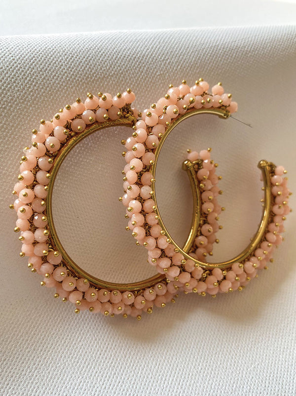 Blush beaded hoop earring - Tipsyfly