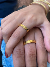 Criss Cross Gold couple rings - Tipsyfly