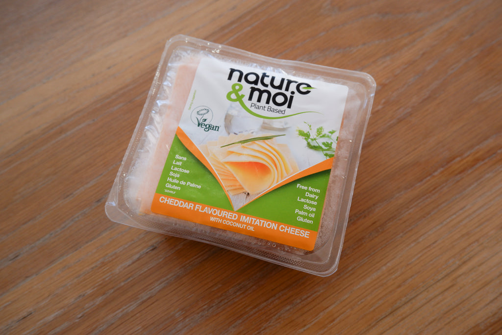 Nature & Moi Cheddar Slices