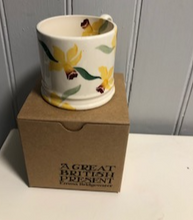 Load image into Gallery viewer, Daffodil Small Mug