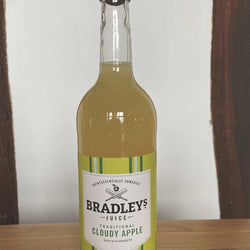 Traditional Cloudy Apple (25cl) - Bradleys
