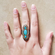 Load image into Gallery viewer, Oxidized Silver and Opal Ring