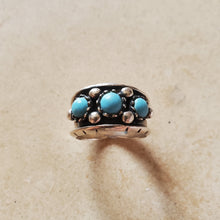 Load image into Gallery viewer, Three Stone Turquoise Ring