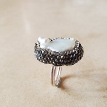 Load image into Gallery viewer, Freshwater Pearl and Marcasite Ring