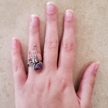 Load image into Gallery viewer, Amethyst and Quartz Ring