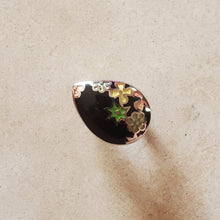 Load image into Gallery viewer, Black Murano Teardrop Ring