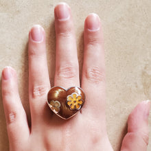 Load image into Gallery viewer, Brown Murano Heart Ring