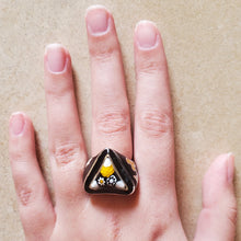 Load image into Gallery viewer, Black Murano Triangular Ring