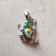Load image into Gallery viewer, Murano Glass Frog Pendant
