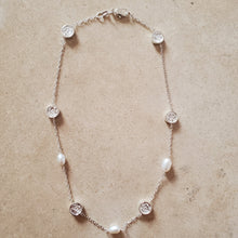 Load image into Gallery viewer, Silver and Pearl Necklace With Flowers