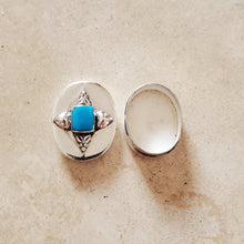 Load image into Gallery viewer, Oval Silver with Turquoise Pill Box
