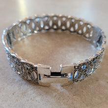Load image into Gallery viewer, Silver with Marquisite Circle Bangle Bracelet