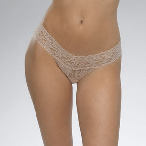 Hanky Panky IVORYO//S rolled low rise signature lace thong