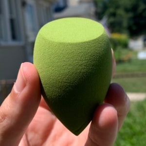 Spooky Green Beauty Sponge