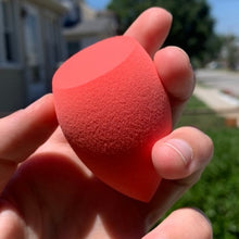 Load image into Gallery viewer, Super-Soak Beauty Sponge Red