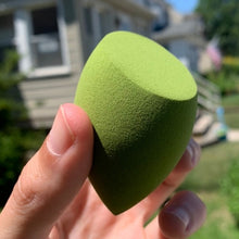 Load image into Gallery viewer, Spooky Green Beauty Sponge