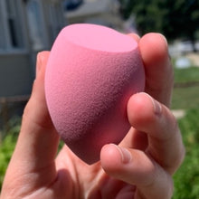 Load image into Gallery viewer, Super-Soak Beauty Sponge Pink