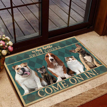 Load image into Gallery viewer, Group 5 Dogs And Cats Come On In Doormat