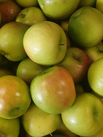 Apples - Granny Smith $3.99/KG