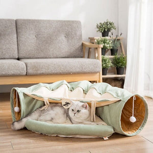 """Chateau Le Chat"" Cat house in 3 colors"