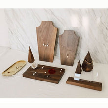 "Load image into Gallery viewer, ""Black Walnut Fanxi"" Jewelry displays"