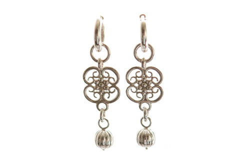 Boleyn dangle earrings