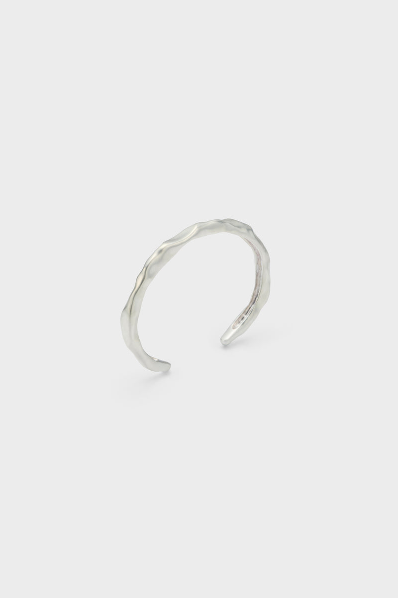 DISTORTION BANGLE (SILVER)