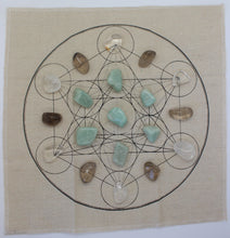 Load image into Gallery viewer, Metatron's Cube Healing Crystal Grid Kit