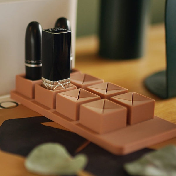 LIPSTICK HOLDER 8 SLOTS - The Feelter