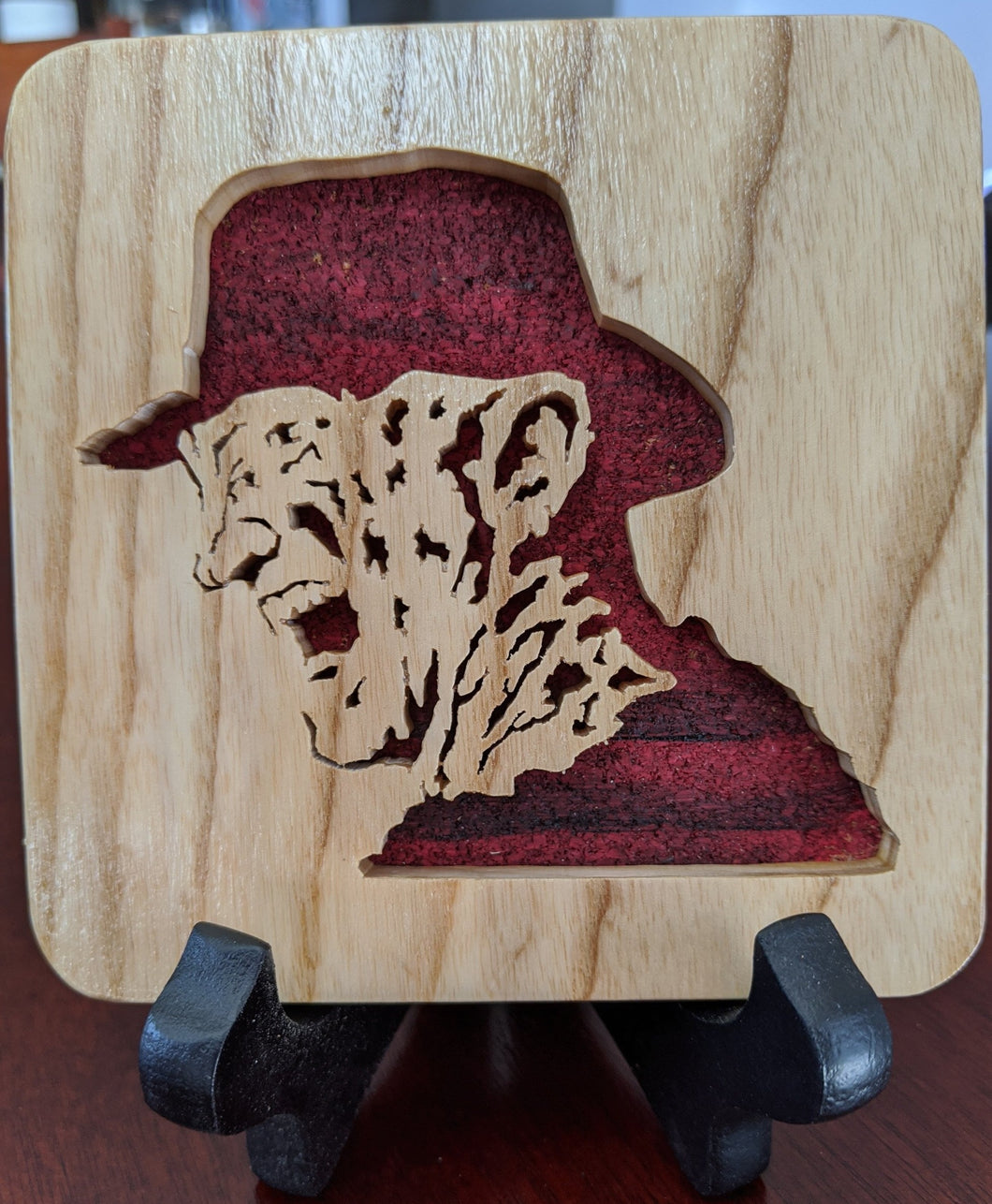 Freddy Krueger Hand Cut Wooden Deskoration