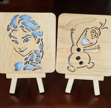 Load image into Gallery viewer, Frozen Olaf Hand Cut Wooden Deskoration